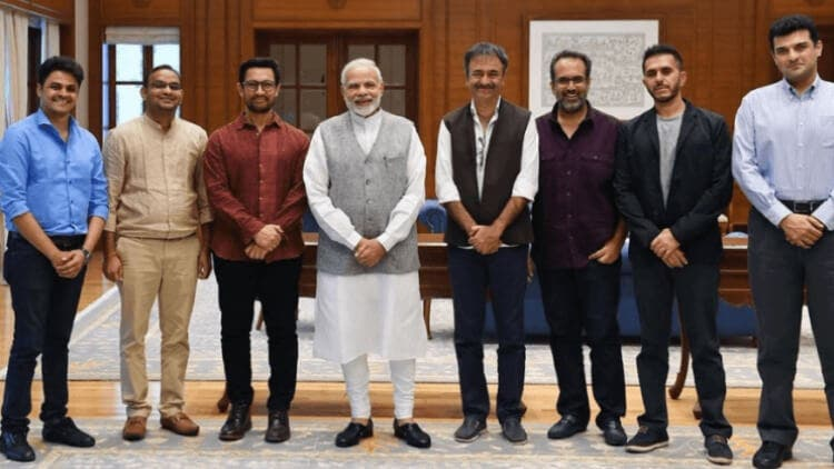 Bollywood-Celebs-Hails-Decision-By-Government-To-Cut-GST-On-Movie-Tickets-news-dkoding