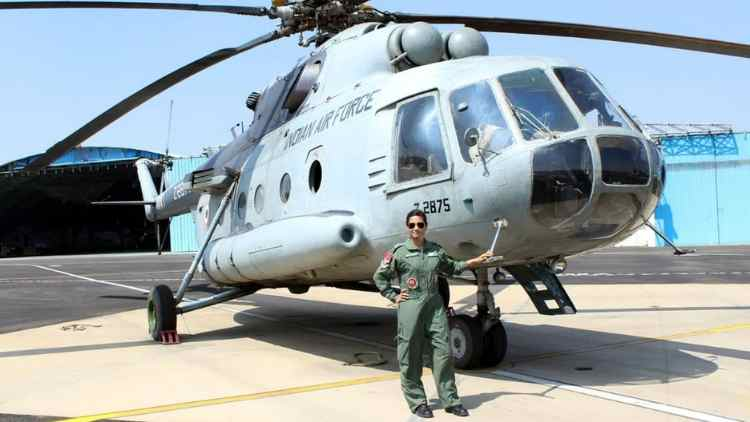 Hina-Jaiswal-First-Women-Indian-Air-Force-Flight-Engineer-More-Stories-Dkoding