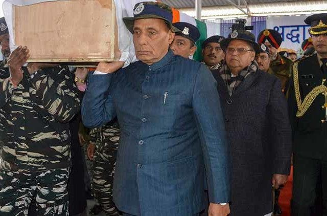 Pulwama-terror-attack-Rajnath-Singh-floral-tribute-CRPF-personnel-J&K's-Budgam-Videos-Dkoding