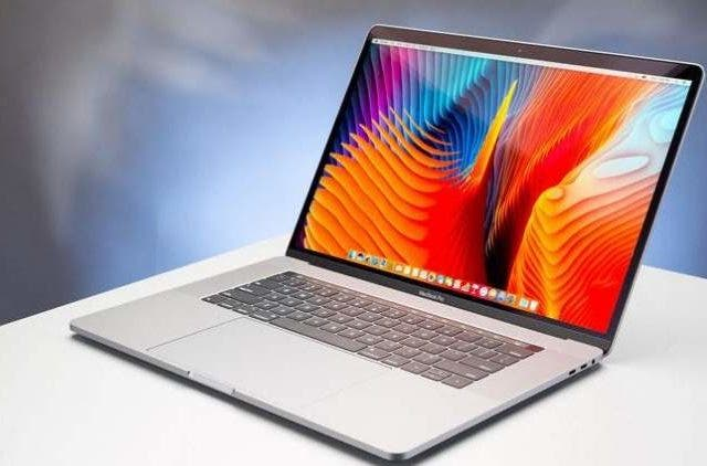 macbookpro-laptop-smartindia-dkoding