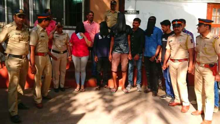 foreign-arrested-for-drug-mumbai-news-dkoding