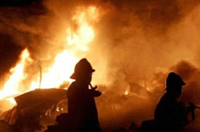 four-killed-after-fire-breaks-out-in-Naugachia-news-dkoding