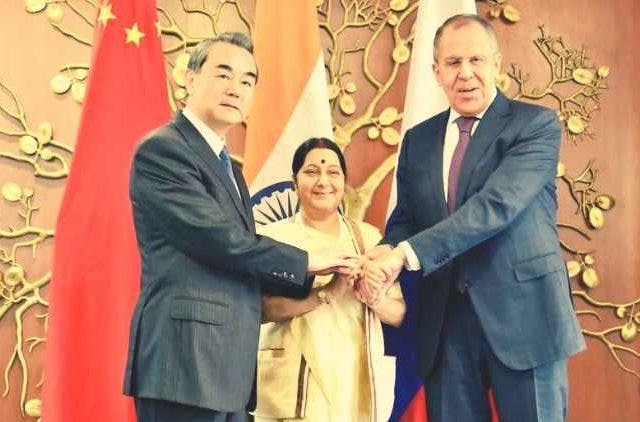 india-russia-china-foreign-minister-meating-global-politics-dkoding