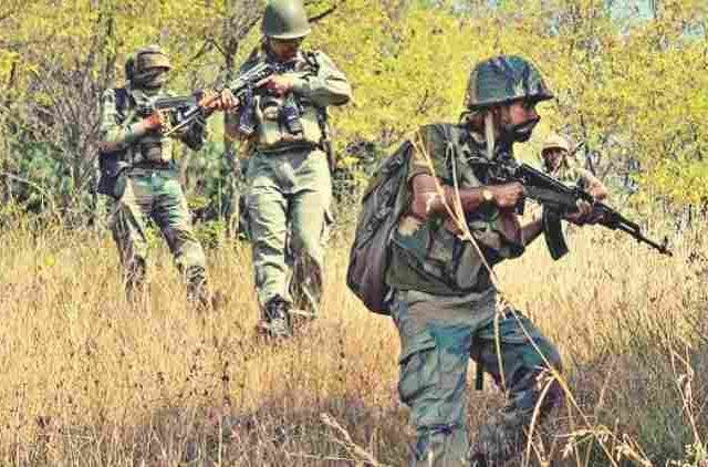 indian-army-injured-in-pakistan-violates-ceasefire-along-loc-news-more-dkoding