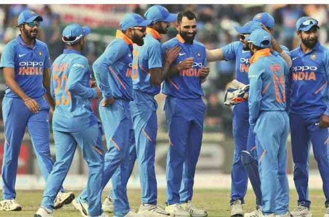 India-Lost-ODI-against-Australia-Cricket-Sports-Dkoding