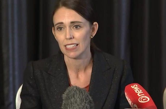Jacinda-Ardern-New-Zealand-Prime-Minister-Darkest-Days-Gunman-Open-Fire-Mosque-Videos-Dkoding
