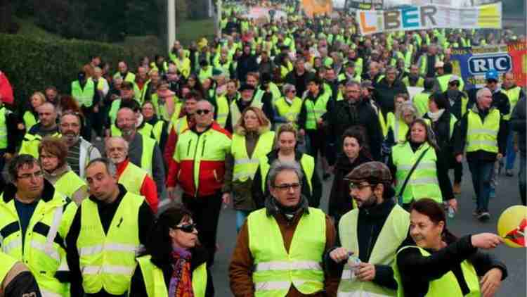 Yellow Vest-protests-France-19th-consecutive-week-more-stories-DKODING