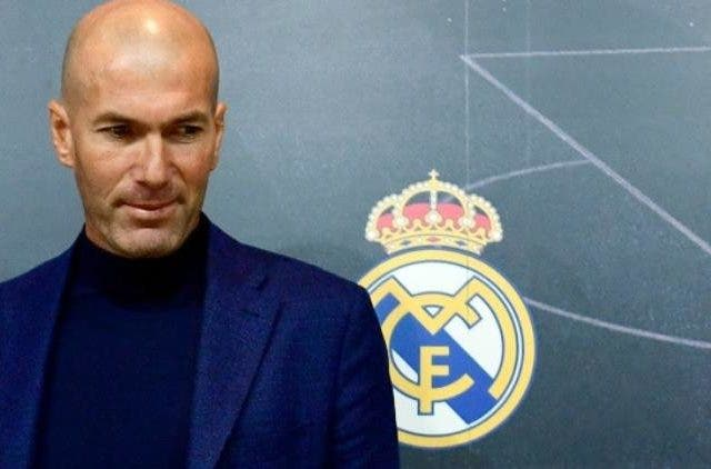 Zinedine-Zidane-back-in real-madrid-sports-Football-Dkoding