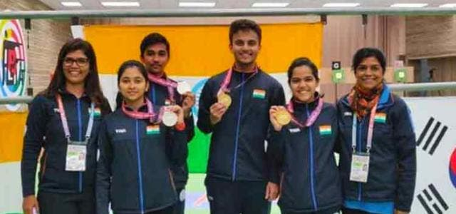 indian-shooters-winning-gold-medals-at-12th-asian-airgun-championship-others-sports-DKODING