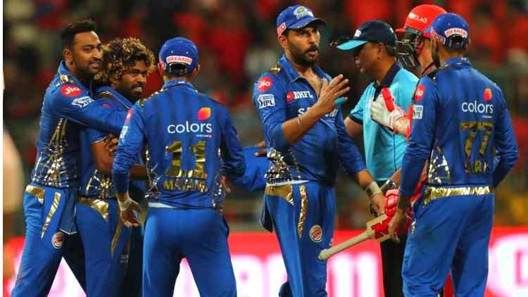 mumbai-indians-celebrating-the-win-against-rcb-ipl-2019-cricket-sports-DKODING
