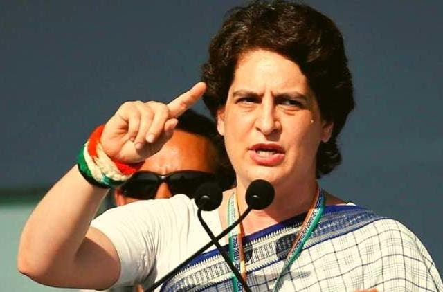 priyanka-gandhi-says-modi-hugs-everyone-but-not-his-own-people-political-india-DKODING