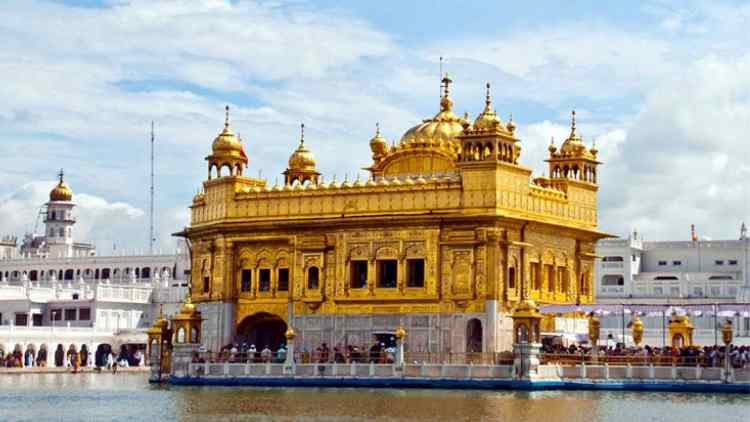 punjab-cm-restore-historical-material-to-golden-temple-taken-politics-DKODING