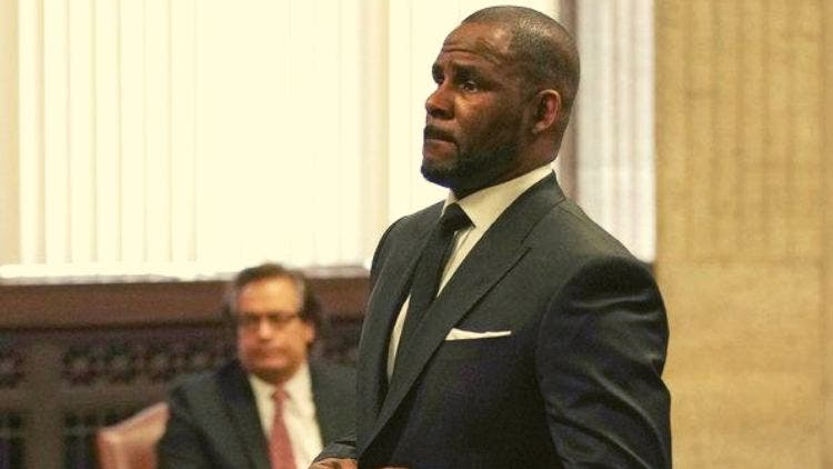 rkelly-in-court-case-hollywood-entertainment-DKODING