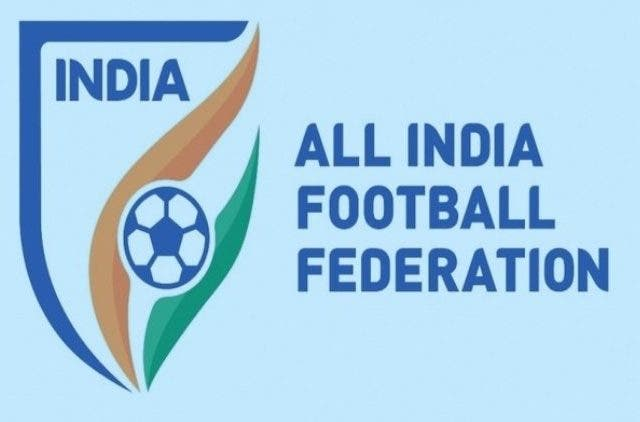 delhi-dynamos-directs-a-jibe-towards-aiff-indian-super-league-football-sports-DKODING