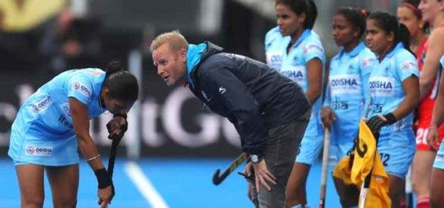 indian-women-hockey-team-coach-wants-player-to-take-ownership-hockey-others-sports-DKODING