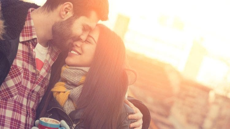 7-Stages-Men-Fall-Love-Sex-Relationship-Lifestyle-DKODING