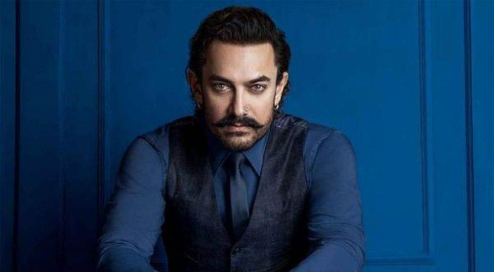 Aamir-Khan-Secret-Santa-Bollywood-Entertainment-DKODING