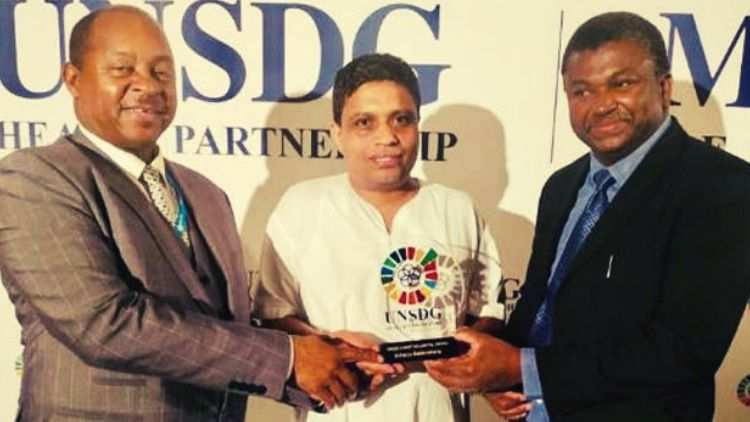 Acharya-Balkrishna-Receives-UNSDG-10-Most-Influential-People-In-Healthcare-Award-More-News-DKODING