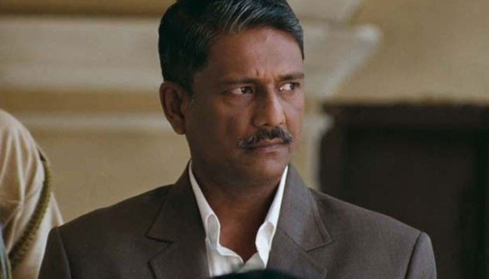 Adil-Hussain-Supporting-Actors-Entertainment-Bollywood-DKODING-