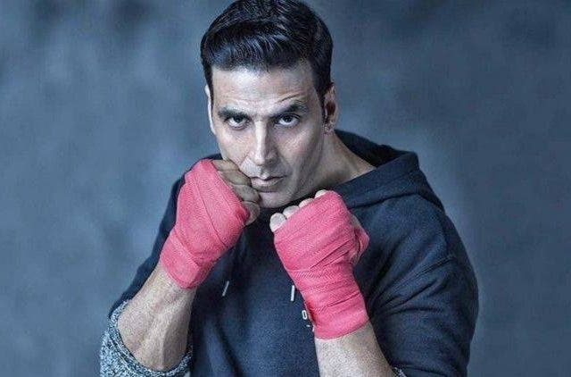 Akshay-Kumar-Saves-A-Life-Bollywood-Entertainment-DKODING
