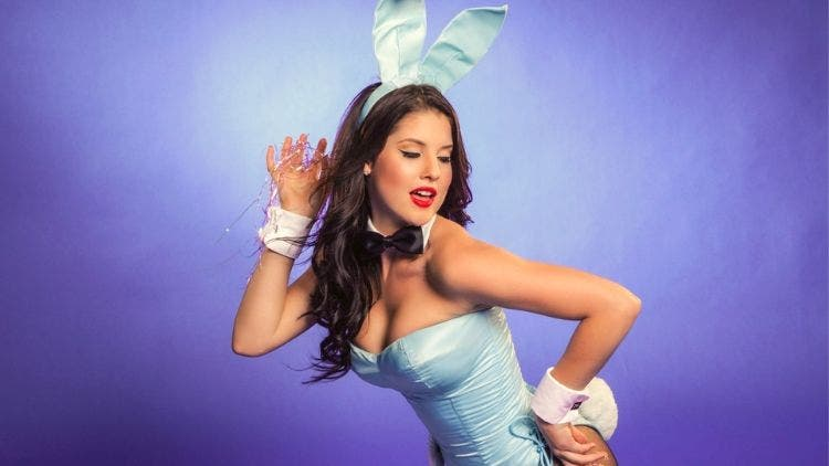 8 must-know facts about amanda cerny - dkoding