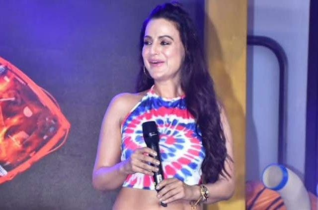 Ameesha Patel confirms being a part of Bigg boss DKODING