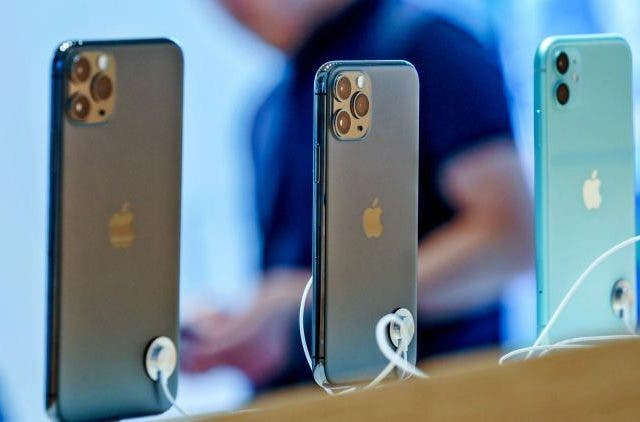 Apple-5G-2020-iPhone-11-Pro-Max-Tech-Startups-Business-DKODING
