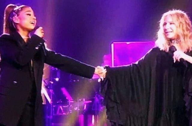 Ariana-Grande-And-Barbra-Streisand-Chicago-Concert-No-More-Tears-Hollywood-Entertainment-DKODING
