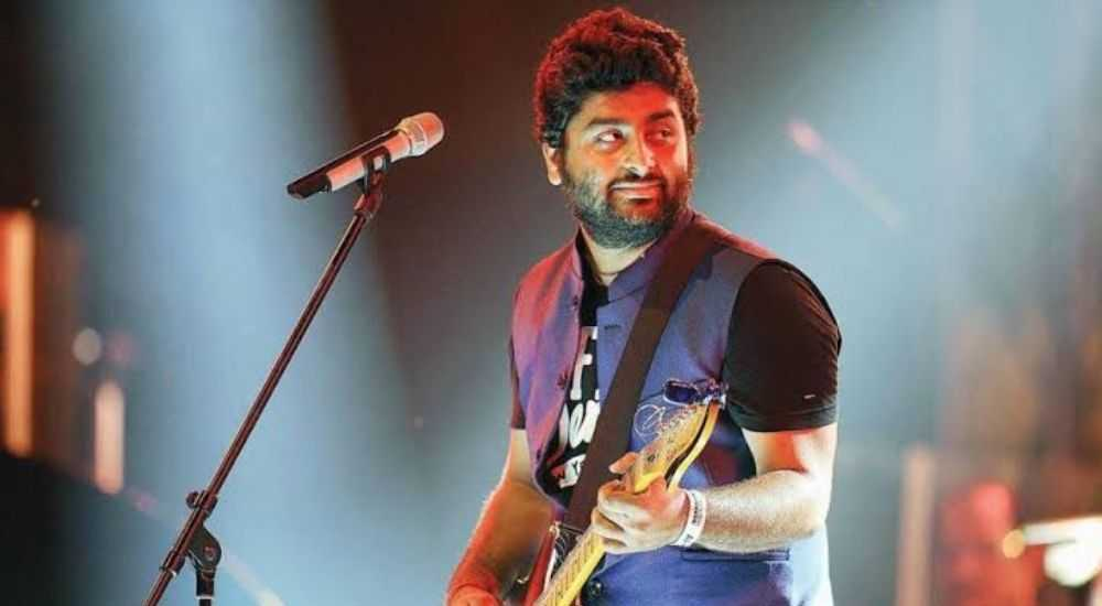 Arijit-Singh-Destroyed-Career-Bollywood-Entertainment-DKODING