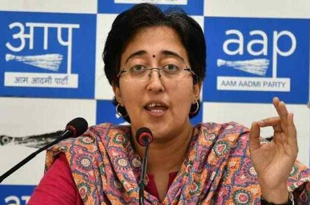 Atishi-Breaks-Down-Accuses-Gambhir-Of-Distributing-India-Politics-DKODING