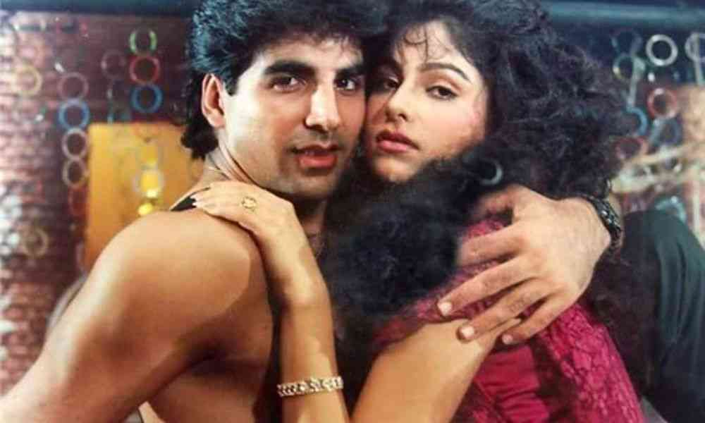Akshay Kumar girlfriend DKODING