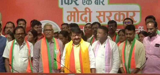 BJP-Begins-Onslaught-On-TMC-With-One-Eye-On-WB-Polls-India-Politics-DKOIDNG