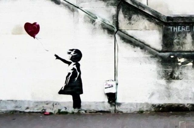 Girl with a balloon | NewsShot | DKODING
