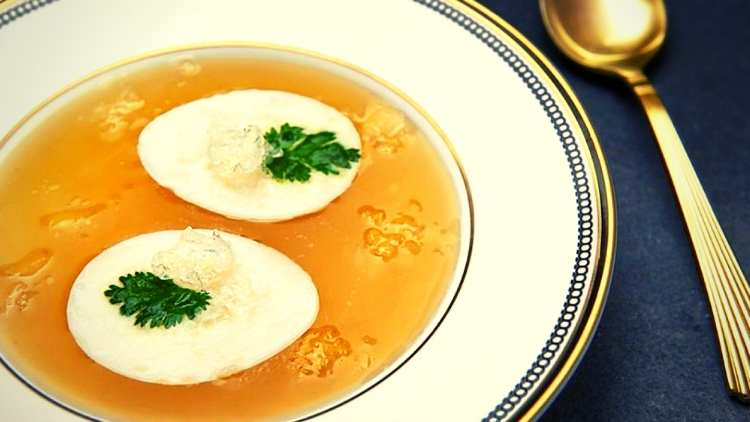 Bizarre-foods-bird-nest-soup-travel-and-food-lifestyle-DKODING