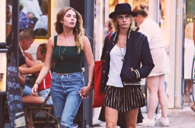 Cara-Delevigne-and-Ashley-Benson-Holding-Hands-Hollywood-Entertainment-DKODING