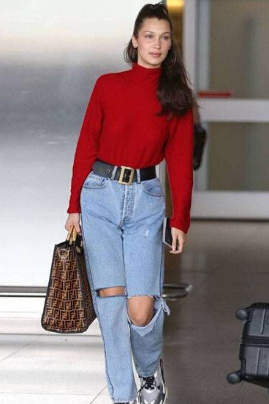 Celebrities-Airport-Outfits-Bella-Hadid-Fashion-And-Beauty-Lifestyle-DKODING