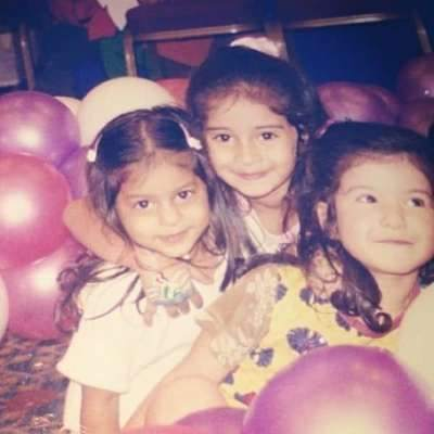 Childhood-Photos-of-Actresses-Entertainment-Bollywood-DKODING