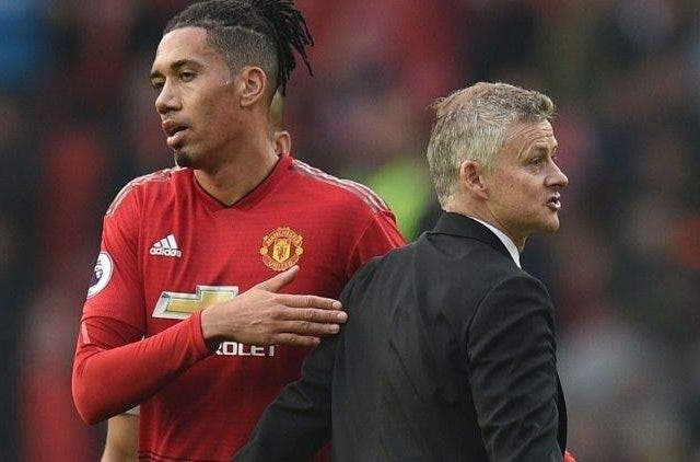Chris-Smalling-Manchester-United-Football-Sports-DKODING