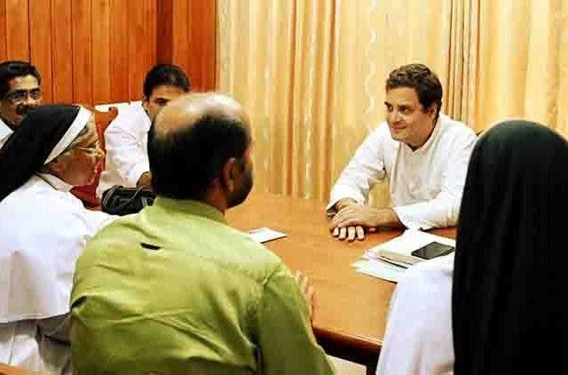 Congress-President-Rahul-Gandhi-meeting-Wayanad-videos-DKODING