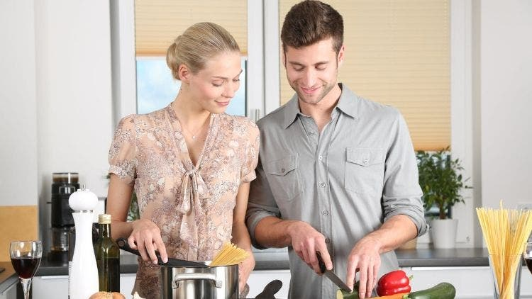 Cooking-Couple-Relationship-Sex-Lifestyle-DKODING