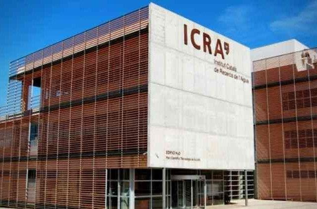 Corporates-Report-Plunging-Revenue-Growth-ICRA-Industry-Business-DKODING
