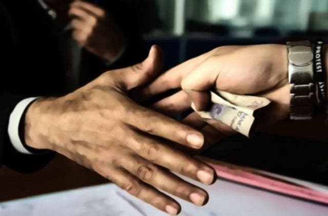 Corruption-Ease-of-Living-Feature-More-News-DKODING (1)