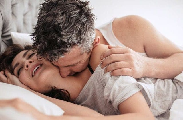 Couples-Love-Making-Sex-Relationships-Lifestyle-DKODING
