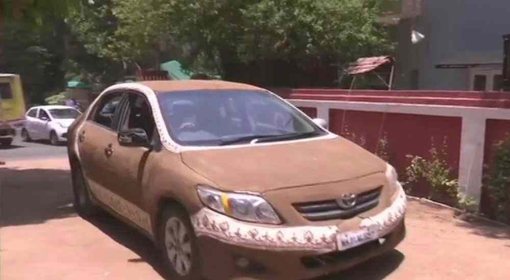 Cow-Dung-Coated-Car-More-Stories-DKODING