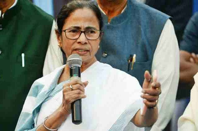 Cyclone-Fani-Mamata-Banerjee-Cancels-Rallies-For-Next-2-Days-To-Monitor-Situation-India-Politics-DKODING