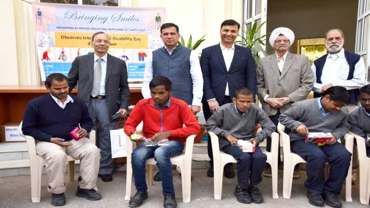 Responsible Citizens Empower Blind Kids in Gurugram on International Disability Day 2019