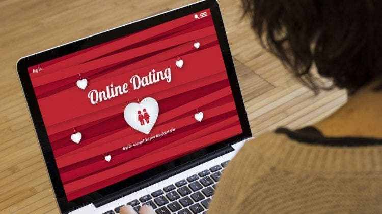 9 Tips for ladies to get a perfect dating profile