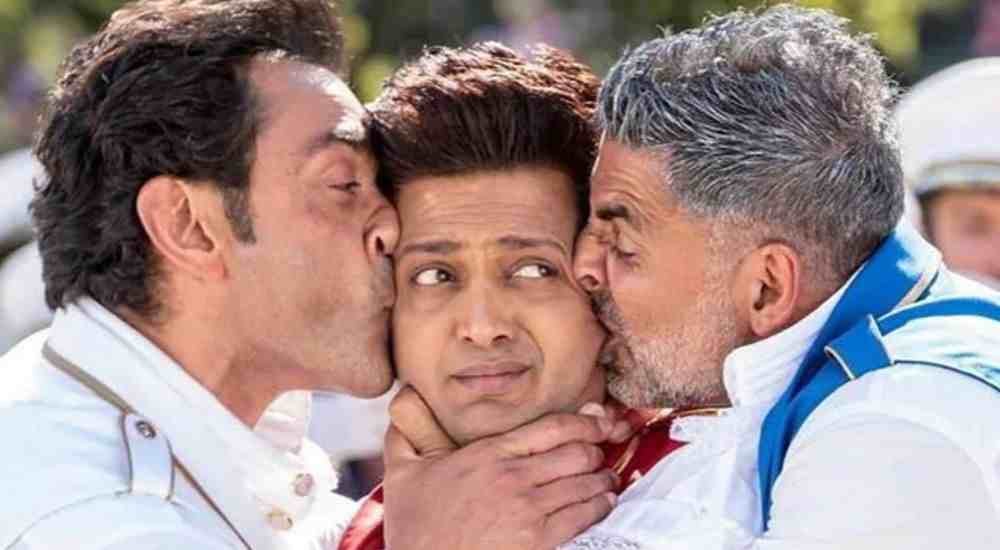 EkChumma-Riteish-Bobby-Akshay-Bollywood-Entertainment-DKODING