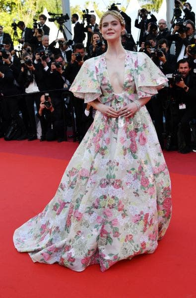 Elle-Fanning-Cannes-Look-2019-Lifestyle-Fashion-&-Beauty-DKODING