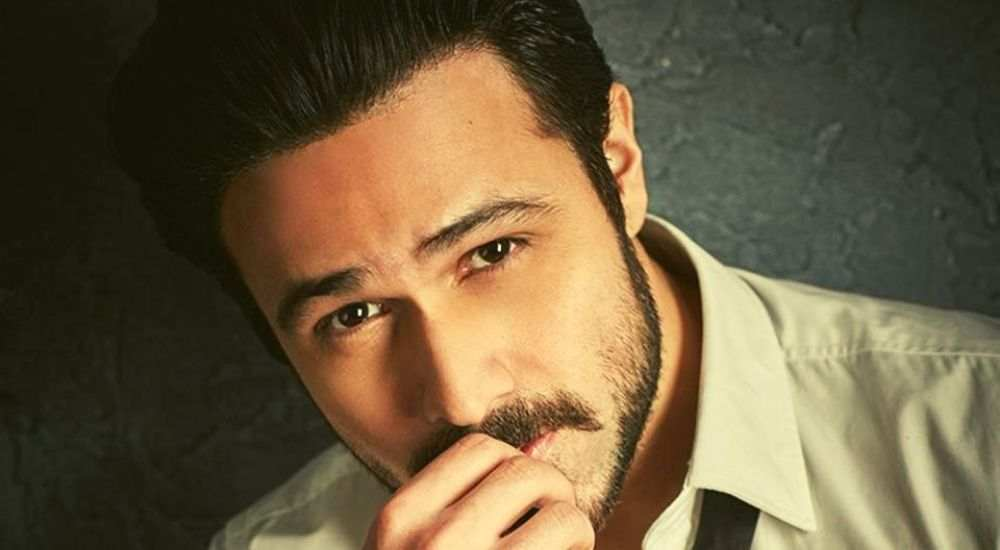 Emraan-Hashmi-To-Play-Lead-In-The-Remake-Of-Arth-Entertainment-Bollywood-DKODING